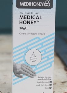 Medical Honey with Manuka