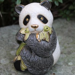 Panda with Leaves – Rinconada