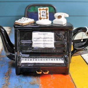 Teapot – Upright Piano