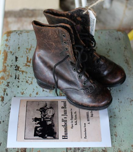 morpeth antique centre hunter valley leather boots 1890 hunnibell's shoe shop rangiora new zealand never worn cobbler made primary school age