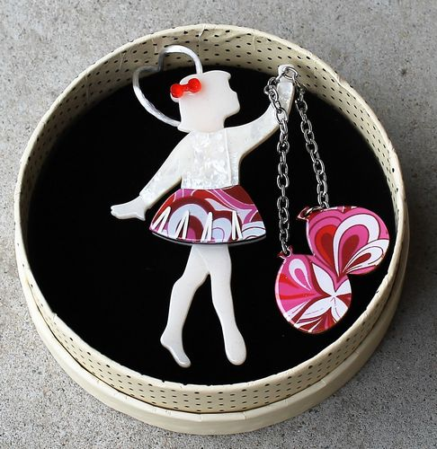 morpeth antique centre hunter valley erstwilder brooch earrings necklace bev and the flying balloon girl retro pin up collectable
