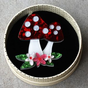 Erstwilder Brooch – Forest Fun Guy (Toadstool)