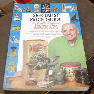 morpeth antique centre hunter valley alan carter reference guide book specilist price guide to collectables volume one 2006 edition
