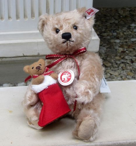 Morpeth Teddy Bears Steiff Desmond Christmas Bear