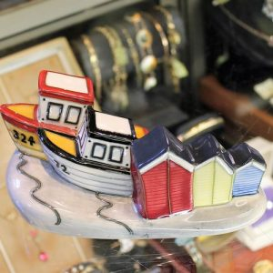 Moorcroft Figurine – Memories of the Seaside