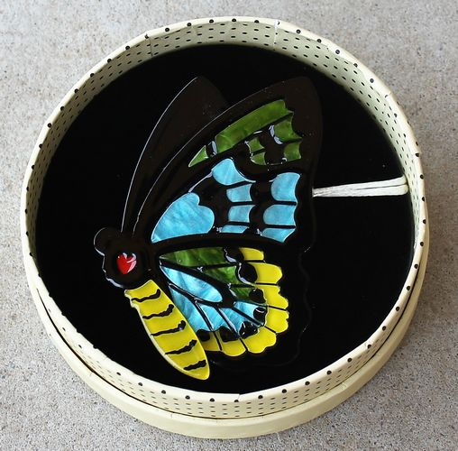 morpeth antique centre hunter valley old technology erstwilder prettiest papillion insects bugs butterflies butterfly brooch necklace earrings retro collectable pin up