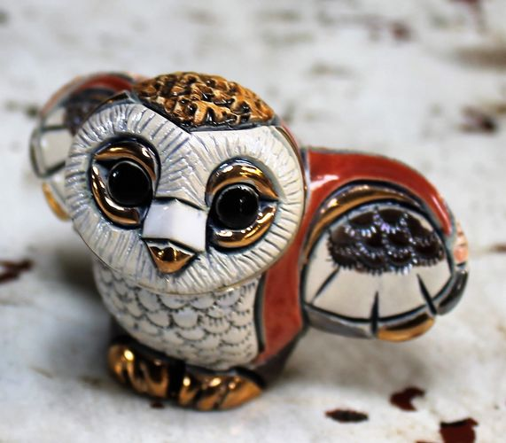 morpeth gift gallery hunter valley rinconada figurine de rosa uraguay pottery ceramic enamel gold gilded owl adult baby mini collectable