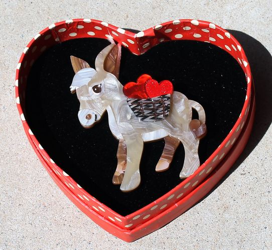 morpeth antique centre hunter valley erstwilder brooch earrings necklace marvelous murray valentines day 14th february love red roses heart gift sweet retro pinup collectable