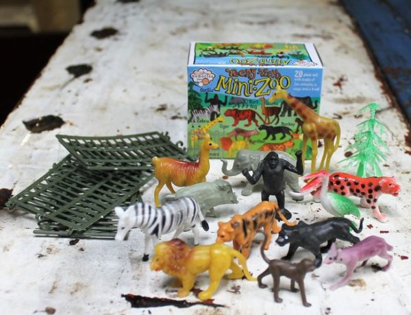morpeth gift gallery hunter valley house of marbles family fun learn educational mini animal zoo box plastic wildlife african jungle