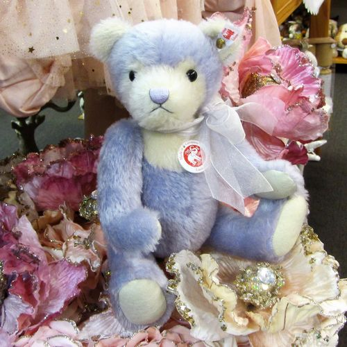 Morpeth Teddy Bears Steiff limited edition Hunter Valley Australia Lauren