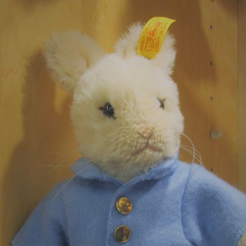 Morpeth Teddy Bears Steiff limited edition Hunter Valley Australia peter rabbit Alpaca