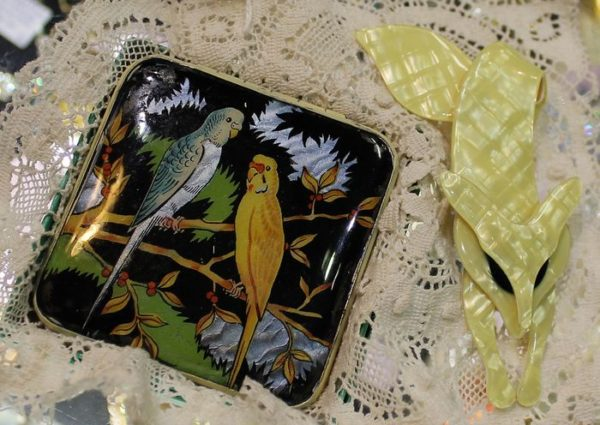 morpeth antique centre hunter valley powder compact lea stein yellow fox iconic jewellery brooch