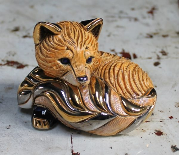 morpeth gift gallery hunter valley rinconada de rosa pottery enamel gold gilded figurine uruguay collectable red fox cub kitten