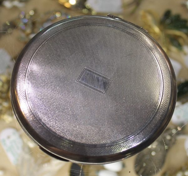 morpeth antique centre hunter valley kigu compact ladies fashion powder 1966hallmarked silver