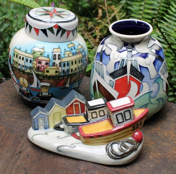 morpeth antique centre hunter valley moorcroft pottery seaside trio lidded jar vase figurine