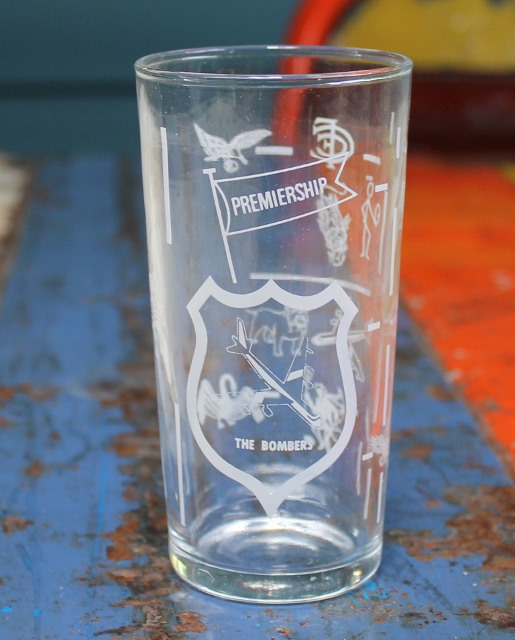 morpeth antique centre hunter valley swanky swig glass The Bombers VFL AFL